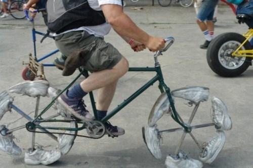a.aaa-bike-the-shoes